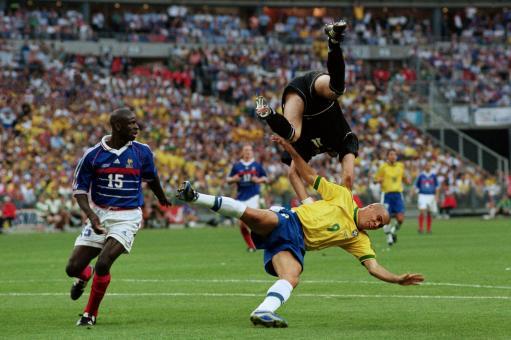 老照片-1998世界杯决赛 罗纳尔多遭遇滑铁卢_