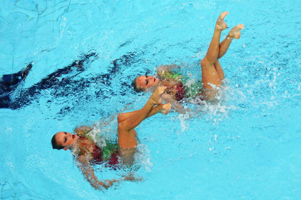 图文-奥运会花样游泳自由自选预赛 配合十分默契
