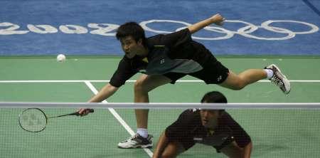 图文-羽毛球女双杨维/张洁雯晋级 淘汰印尼组合