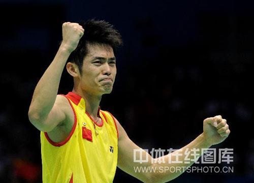 图文-羽毛球男单林丹夺金 最激动的时刻