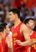 图文-[奥运]中国男篮77-91希腊 姚明无奈比分落后