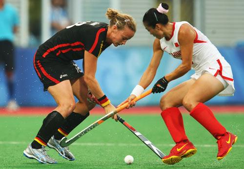 图文-女曲半决赛中国胜德国 一对一不落下风