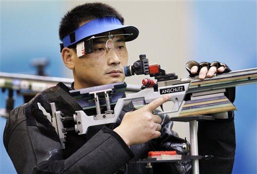 图文-50米步枪三姿邱健夺冠 中国选手邱健