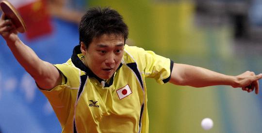 图文-奥运会男单第三轮赛况 专注比赛