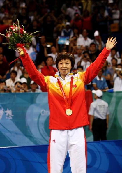 图文-奥运会女子单打决赛 张怡宁成为球迷宠儿