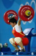图文-刘春红六举五破世界纪录夺金 此刻最艰难