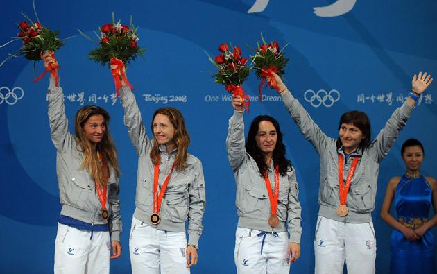 图文-[奥运]击剑女子花剑团体 意大利队夺得铜牌