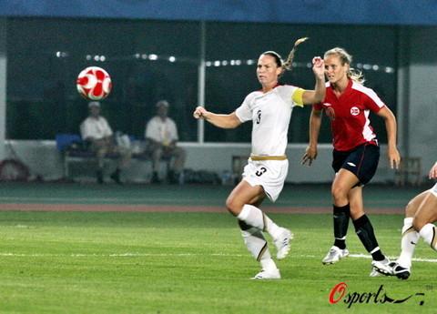 图文-[奥运会]挪威女足VS美国 美国上半场遭遇惨败