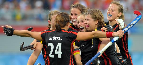图文-[奥运]中国女曲3-2德国 德国队庆祝得分