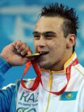 图文-奥运17日金牌汇总 男举重94KG哈萨克斯坦夺金