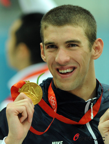 图文-男子4x100米混合泳接力 又一块金牌