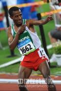 图文-男子10000米决赛 贝耶查庆祝夺冠
