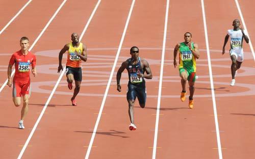 图文-奥运会男子200米预赛 坚实的迈向终点