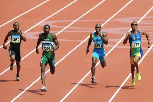 图文-奥运会男子200米预赛 黑人选手速度快