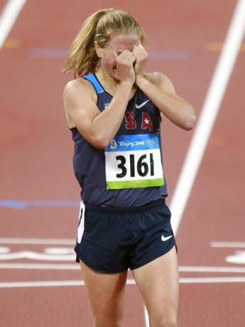 图文-女子1500米淘汰赛赛况 选手惨遭淘汰