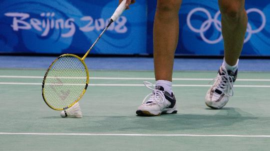 图文-羽毛球比赛开赛 马丁内斯2比0战胜卡罗尔