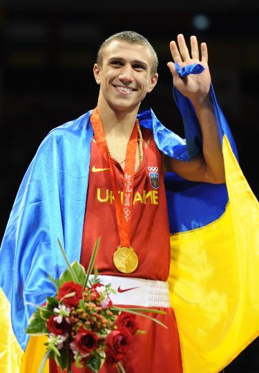 图文-拳击男子57公斤级决赛 洛马琴科迷人微笑