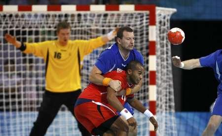 图文-男女手球预赛继续开战 冰岛大战埃及