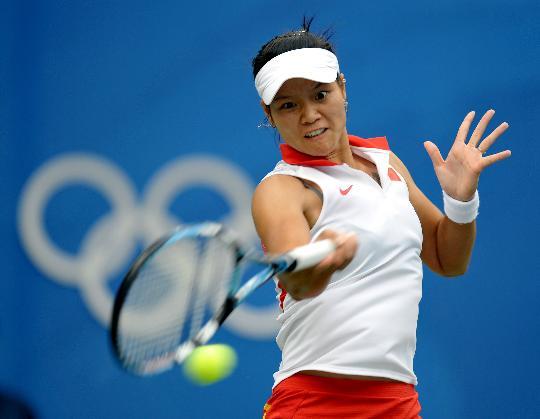 图文-网球女单半决赛李娜出战 李娜也不甘示弱