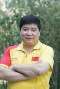 图文-中国射击队酷帅写真 老帅王义夫风采