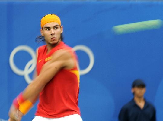 图文-奥运会网球比赛精彩瞬间回顾 回球聚精会神