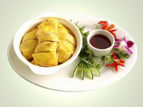 龙岩客家美食:第一大菜白斩河田鸡 珍品麒麟脱胎