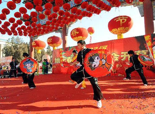 北京文化民俗之庙会:五显财神庙 白云观顺星会神仙