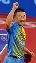 图文-[奥运]乒球男单1/4决赛 马琳挥臂庆祝胜利