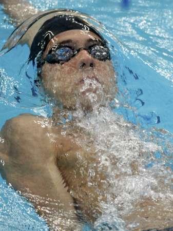 图文-400米混合泳菲尔普斯摘金 仰泳也拿手