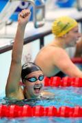 图文-女子200米蛙泳决赛 迎接胜利喜悦