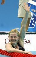 图文-斯特芬获50米自游泳冠军 唱起胜利的歌