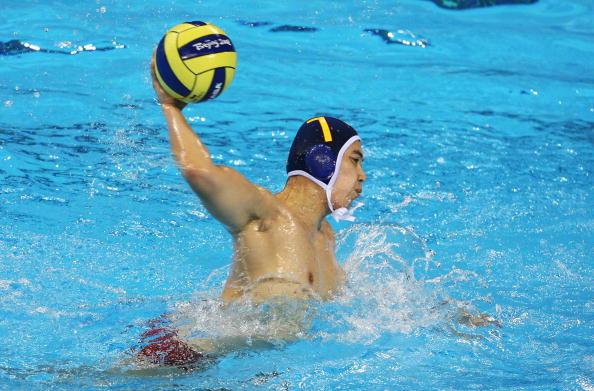 图文-奥运会20日男子水球八强赛 要射门了