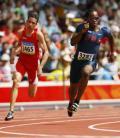 图文-奥运会男子200米预赛 选手们向终点冲刺