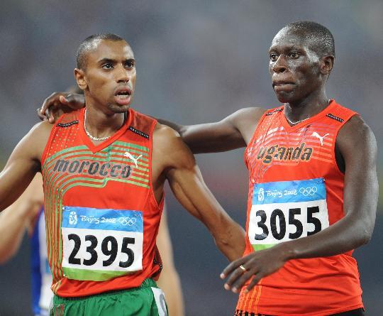 图文-奥运田径男子800米20日赛况 友谊第一