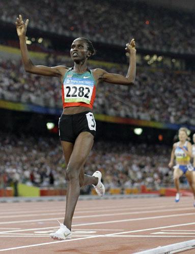 图文-田径女子1500米决赛 拉加特优势明显