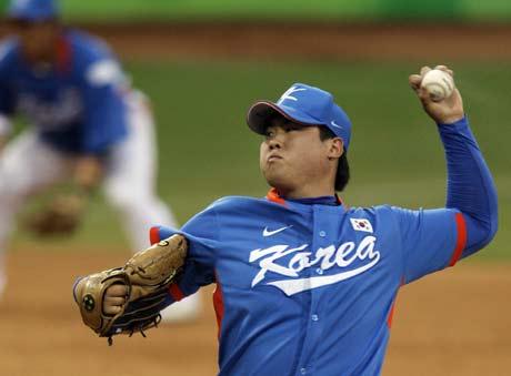 图文-[奥运]棒球韩国3-2古巴 投射十分自信