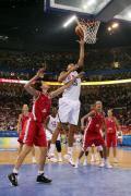图文-美国女篮97-57胜捷克 篮下强攻难以阻挡