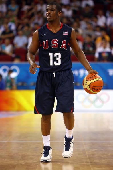 图文-安哥拉76-97美国男篮 保罗控球新的希望