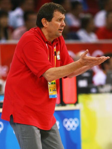 图文-[男篮]澳大利亚106-68伊朗 主教练很着急
