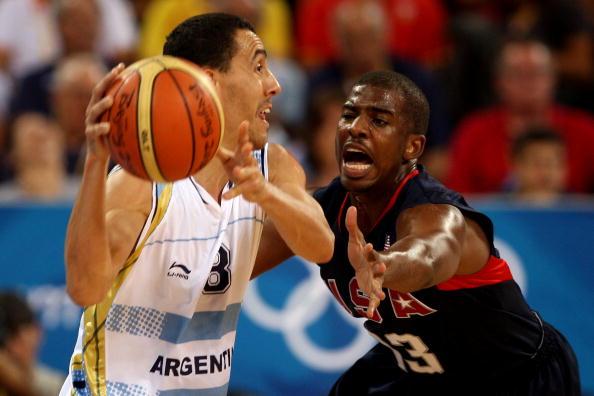 图文-[奥运男篮半决赛]阿根廷VS美国 保罗很积极