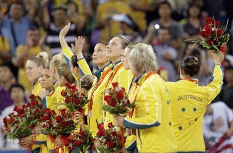 图文-[女篮决赛]美国92-65澳大利亚 亚军值得骄傲