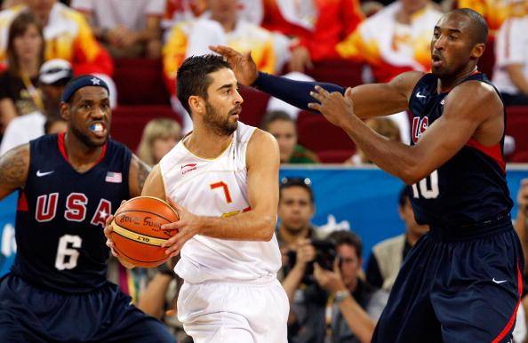 图文-北京奥运会男子篮球决赛 纳瓦罗不惧科比