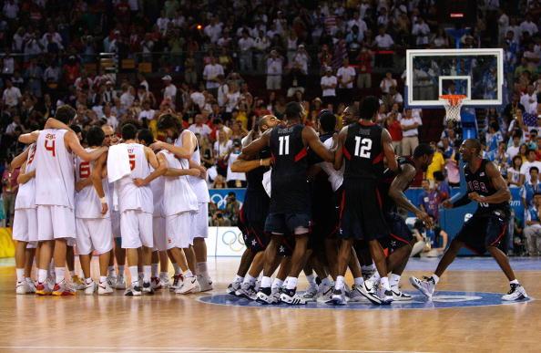 图文-美国男篮118-107西班牙 美国夺冠西班牙摘银