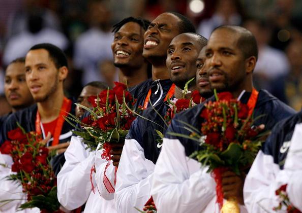 图文-美国男篮战胜西班牙夺金 美国众将开心不已