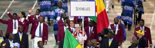资料图-雅典奥运会开幕式 非洲塞舌尔代表团入场