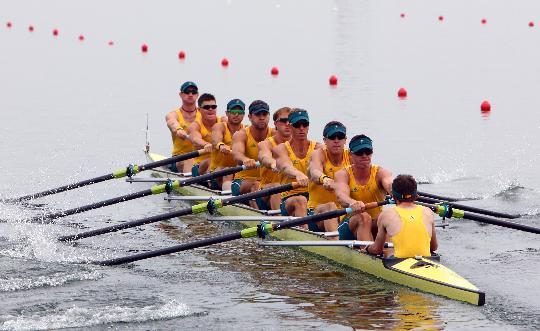 男子八人单桨有舵手预赛