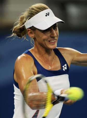图文-网球女子单打11日赛况 杰缅季耶娃忍不住笑