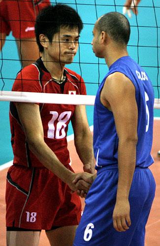 图文-奥运会16日男排比赛赛况 场下是朋友