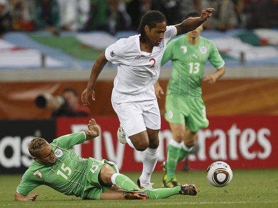 图文-[小组赛]英格兰VS阿尔及利亚格伦约翰逊遭断
