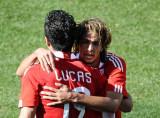 拥抱卢卡斯